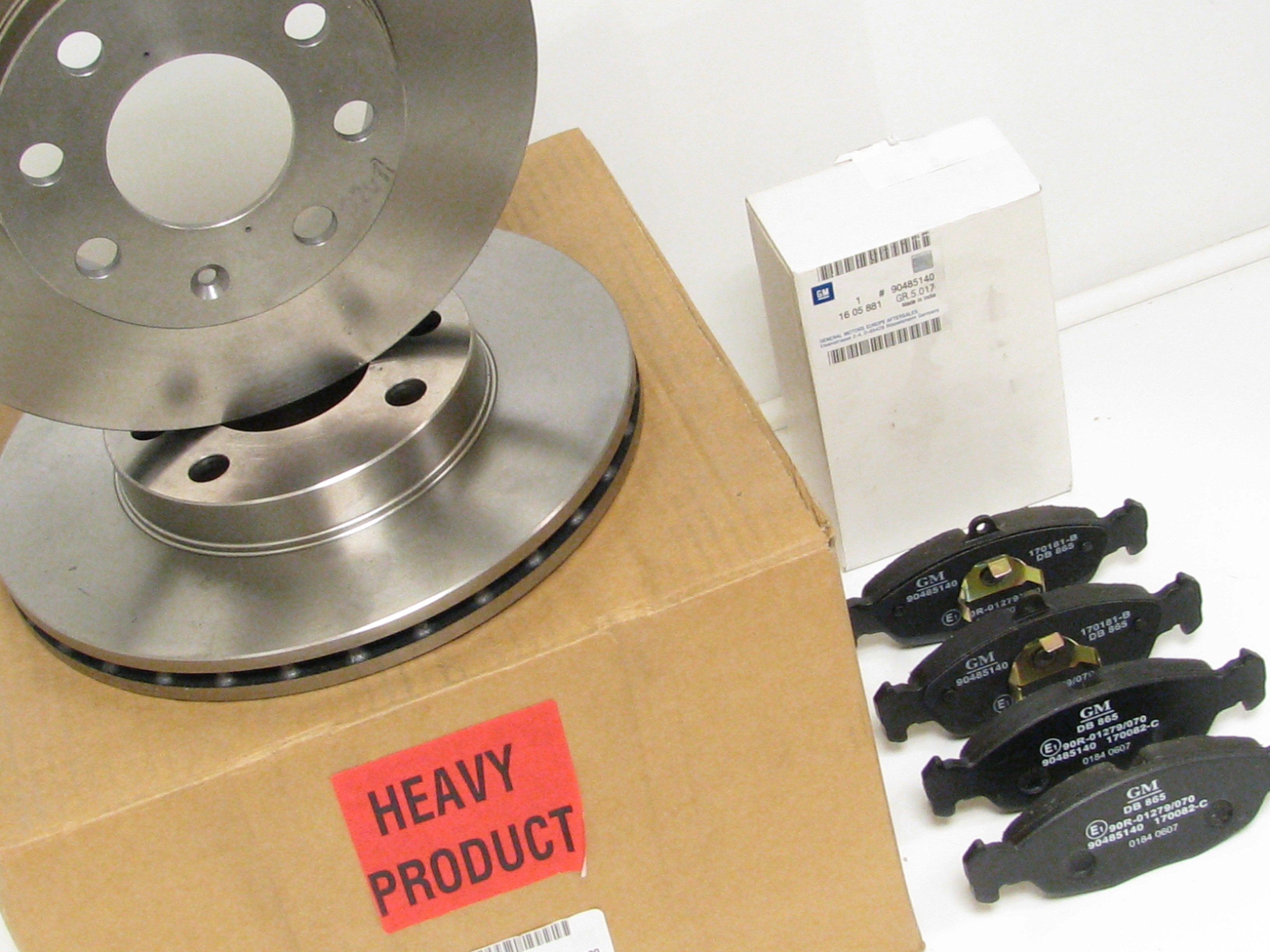 Genuine Vauxhall Corsa Front Brake Disc And Pad Kit