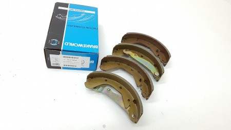 Brake World Rear Brake Shoe And Lining Set BW1105